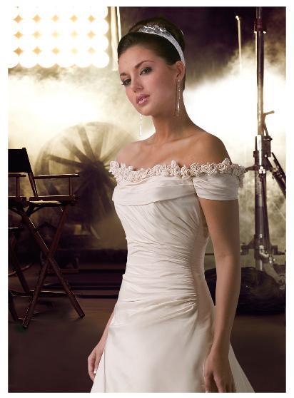 مدل لباس عروس و لباس نامزدی جدید 2010