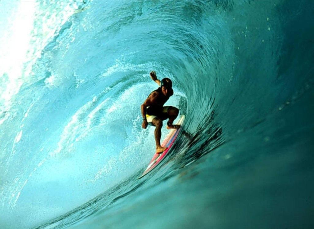 عکس بسیار زیبا از موج سواری مناسب برای دسکتاپ لحظه های زیبا   و دیدنی و جالب عکس ورزشی
